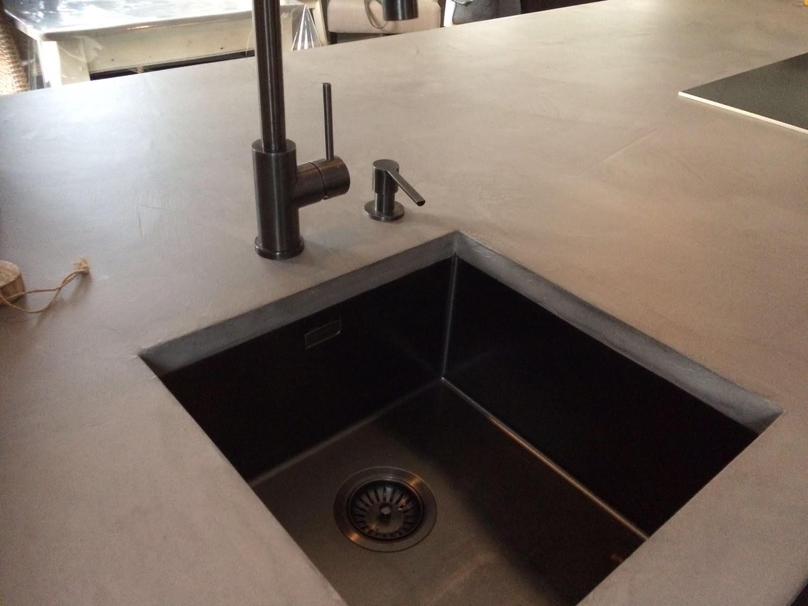 betonlook aanrechtblad 4 Ciré Plastery
