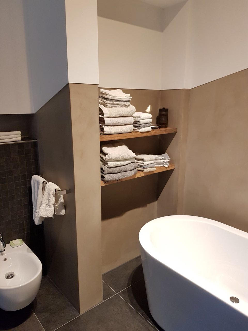 betonlook badkamer 4 Ciré Plastery